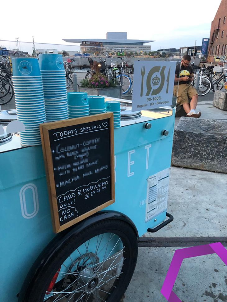 Kein Bargeld, nur mobile Zahlung möglich in Reffen, Kopenhagen